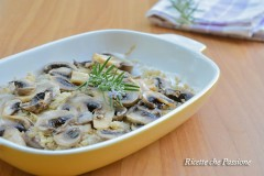 Fettine di vitello gratinate in forno con funghi
