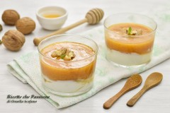 Mousse di cachi con yogurt