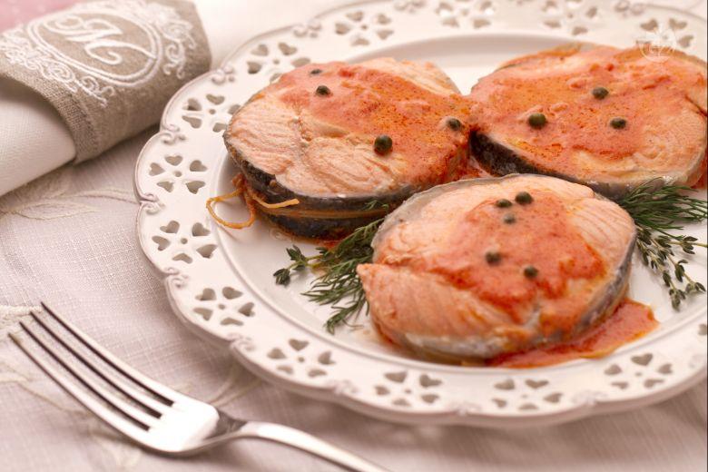 Medaglioni di salmone al pepe verde