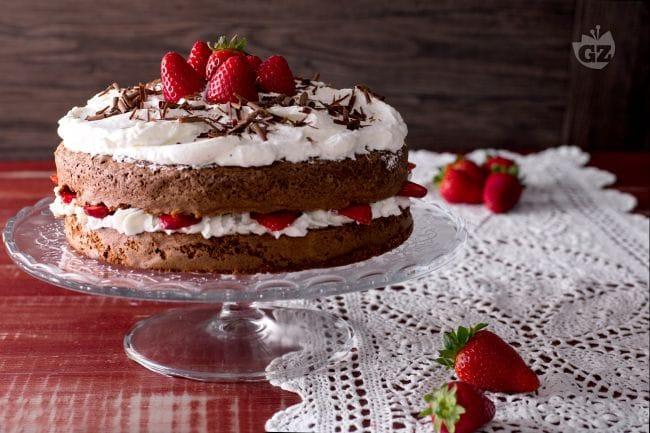 Ricetta Torta Al Cioccolato E Fragole.Ricetta Torta Cioccolato E Fragole La Ricetta Di Giallozafferano