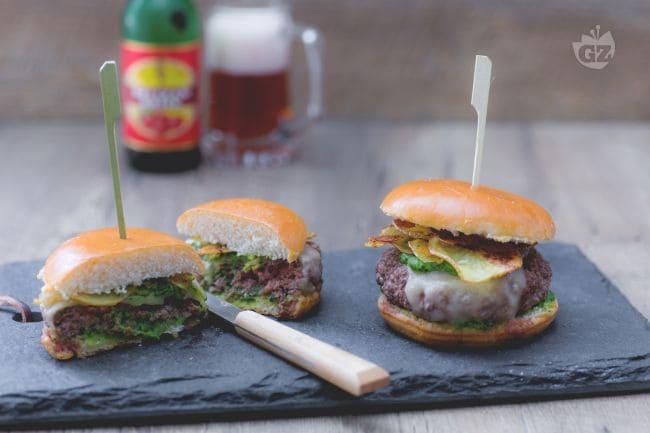 Ricetta Hamburger Fatti In Casa Giallozafferano.Ricetta Hamburger Piemontesi La Ricetta Di Giallozafferano