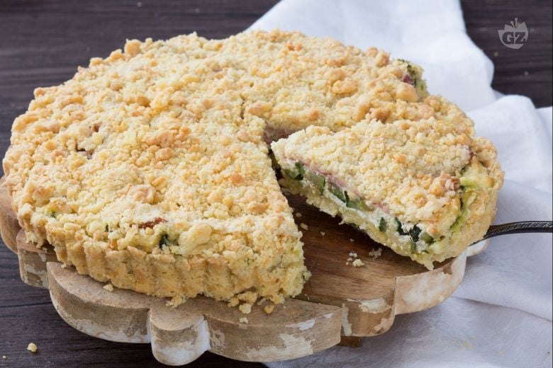 Sbriciolata salata di zucchine