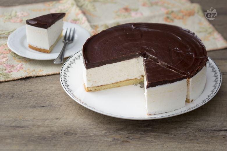Bird's milk cake