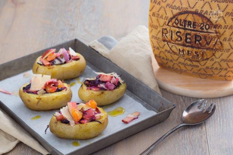 Patate arrosto con mele, arance e Grana Padano