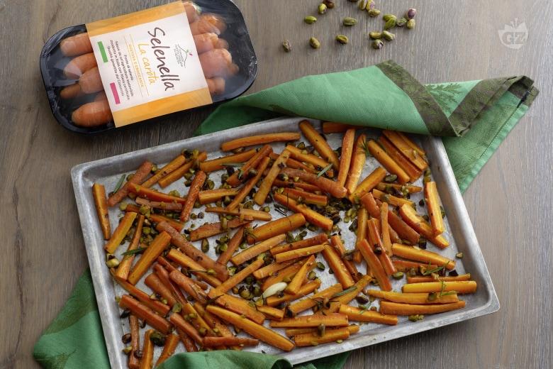 Carote arrosto con pistacchi