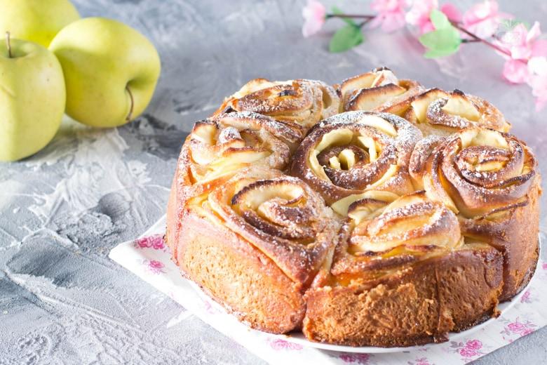 Torta delle rose alle mele