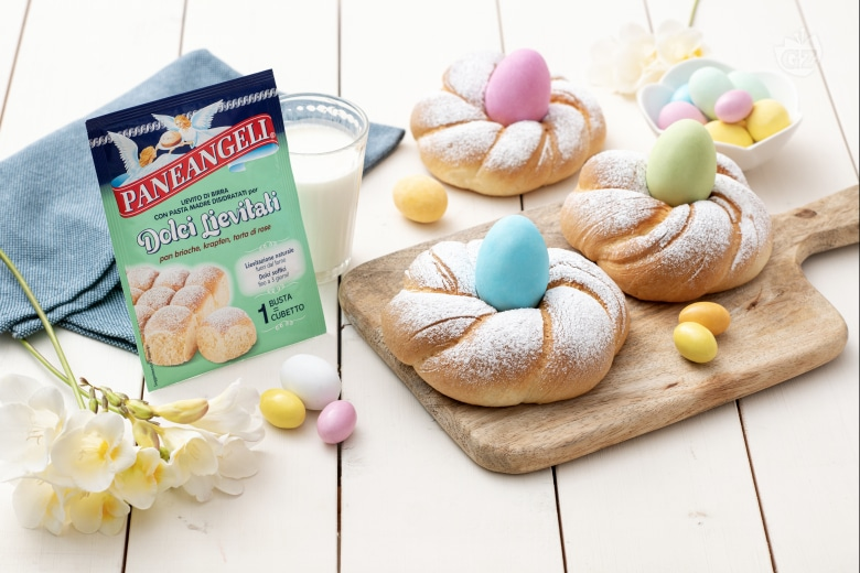 Nidi lievitati di Pasqua