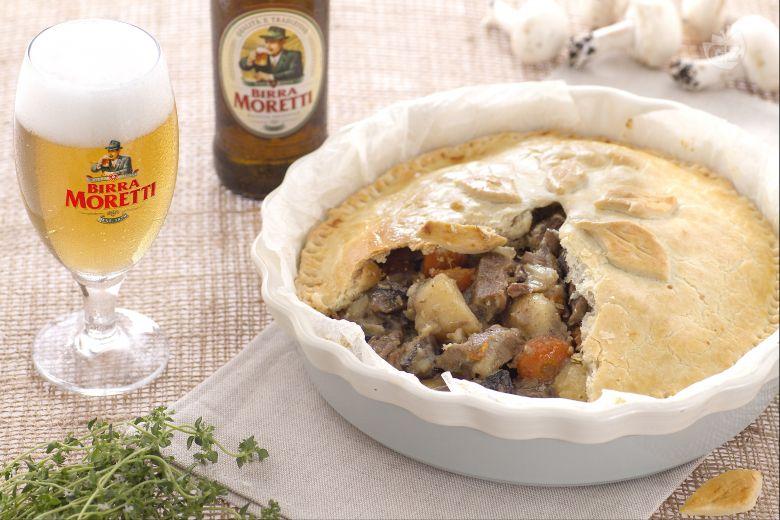 Spezzatino in crosta con patate e funghi