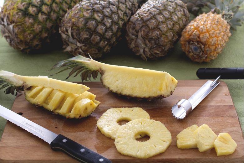 Come pulire e tagliare l'ananas