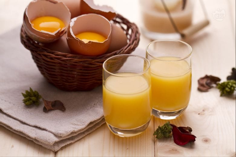 Liquore di crema all'uovo (Vov)