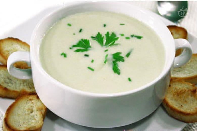 Vichyssoise (crema fredda di porri e patate)