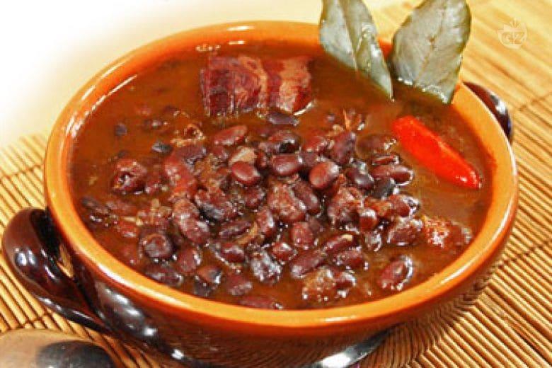 Zuppa di fagioli neri messicana