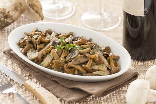 ricetta funghi trifolati la ricetta di giallozafferano