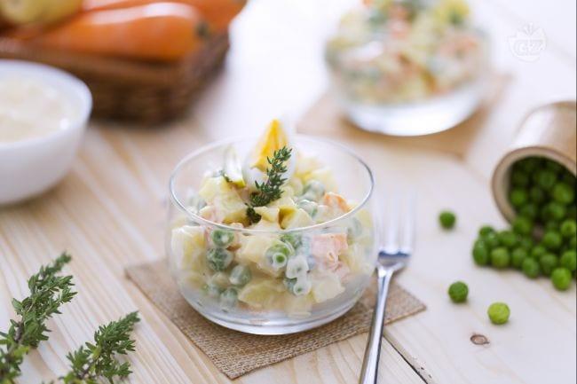 Ricetta insalata russa la ricetta di giallozafferano for Ricette di cucina antipasti