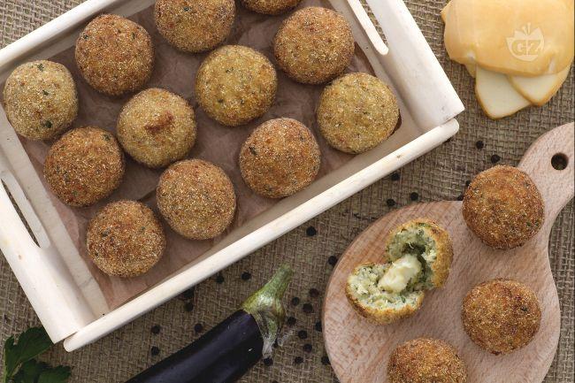 Préférence Ricetta Polpettine di melanzane con cuore di scamorza - La Ricetta  DP62