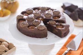 Ricetta Torta al cioccolato con albicocche e amaretti