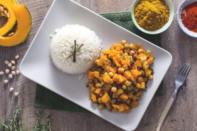 Ricetta curry vegetariano con zucca e ceci la ricetta di for Ricette primi piatti originali