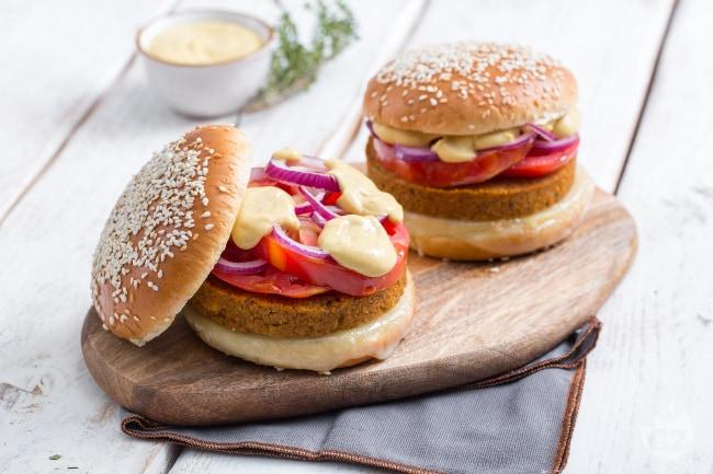 ricetta veggie burger - la ricetta di giallozafferano - Come Cucinare Hamburger Di Carne