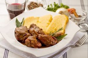 Ricetta Coniglio in salmì con polenta