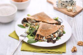 Ricetta Crepes con roquefort e noci