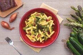 Ricetta Garganelli al ragù di asparagi e zucchine