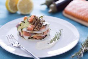 Ricetta Lasagnetta aperta al salmone, zucchine e melanzane grigliate