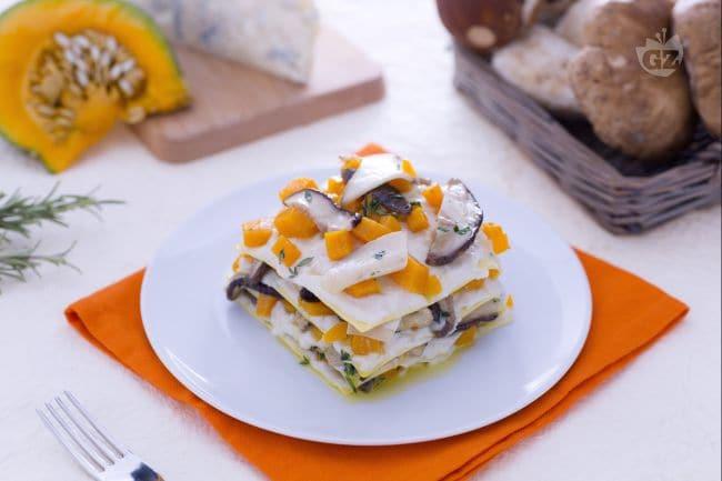 Lasagne ai porcini, zucca e gorgonzola