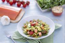 Farfalle al salmone, taccole e pomodorini confit con pesto di rucola