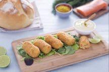 Crocchette di patate e salmone con salsa allo yogurt