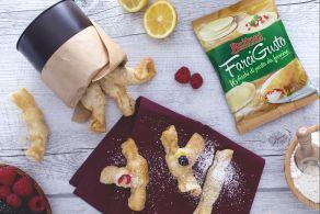 Ricetta Caramelle fritte con crema pasticcera e frutti di bosco
