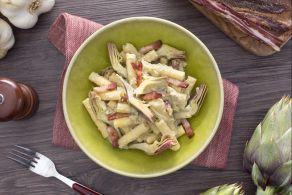 Sedanini rigati alla crema di carciofi e pancetta