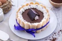 Charlotte con mousse al cioccolato fondente