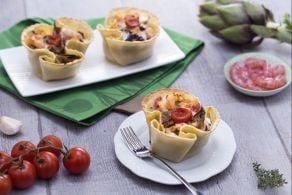 Ricetta Cestino di pasta fresca con carciofi, gamberetti e pomodorini confit