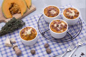 Ricetta Gratin monoporzione di patate, zucca e salsiccia