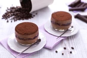 Ricetta Tiramisù con crema al cioccolato