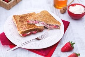 Ricetta French toast alle fragole e mascarpone
