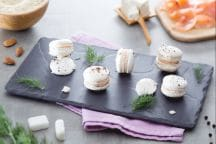 Macaron salati al salmone e aneto