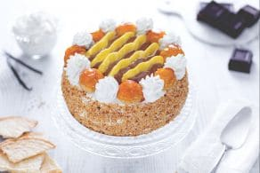 Ricetta Torta Saint Honoré  con pan di Spagna