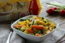 Tagliatelle al curry e verdure