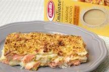 Lasagne con salmone e pistacchi