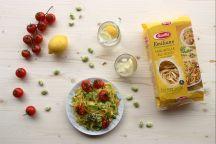 Tagliatelle fave, pomodorini e limone
