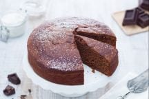 Torta al cioccolato con panna acida