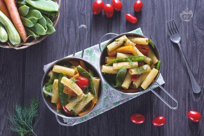 Padellata di tortiglioni con verdure all'aneto