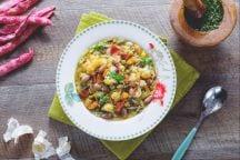 Minestrone di pasta, verdura e pesto