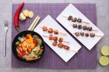 Ricetta Spiedini di tonno e salmone con insalata thai