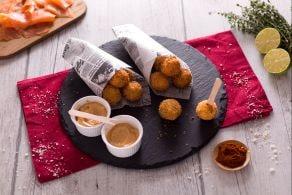 Ricetta Polpettine fritte al salmone e patate con maionese veloce alla paprika
