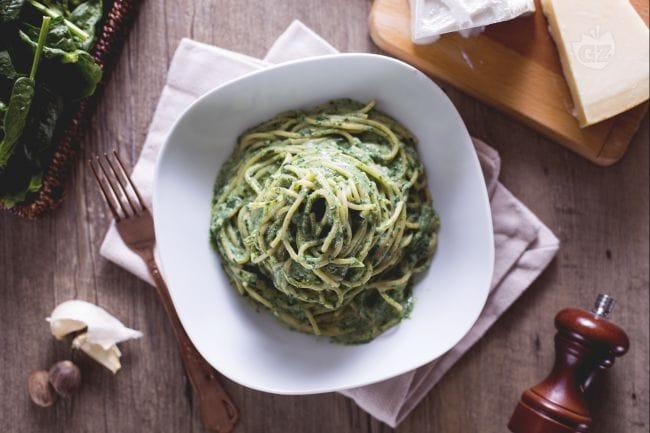 Spaghetti ricotta e spinaci