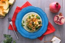 Orecchiette alla crema di broccoli, zucca e melagrana