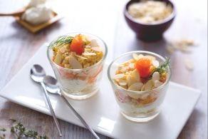 Ricetta Bicchierini salati al salmone, spuma di formaggio e crumble alle erbe