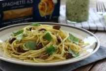 Spaghetti al pesto di rucola e tofu